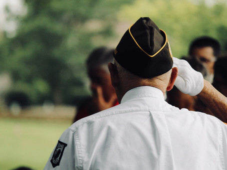 """Veterans: Why a """"VA Health Care + Medicare Advantage"""" combo might work for you."""