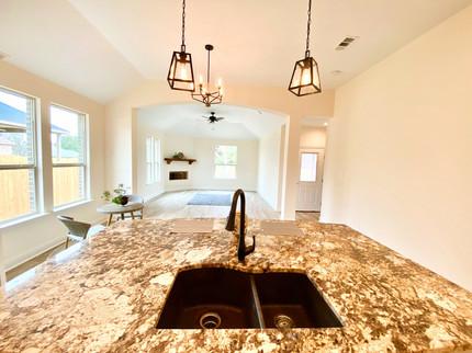 Kitchen: Spacious Granite Countertop