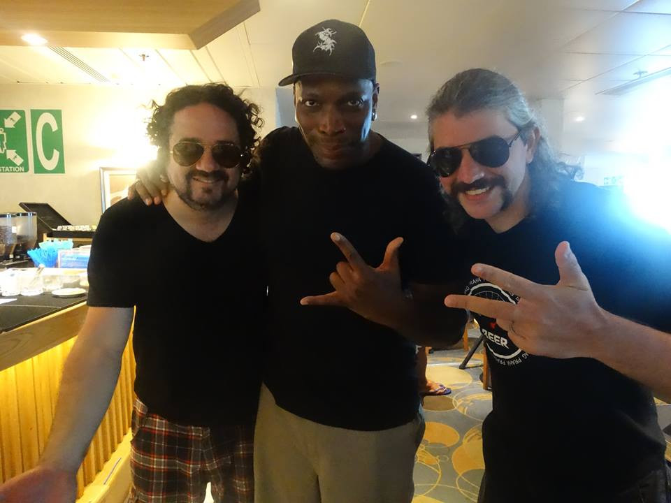 Renato Moog, Derrick Green e Cassiano MusicMan