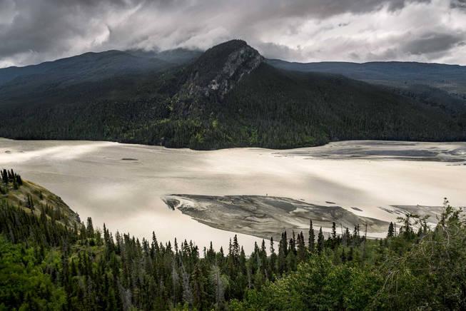 Landscape photo of Copper River in Wrangell St. Elias National Park, Alaska