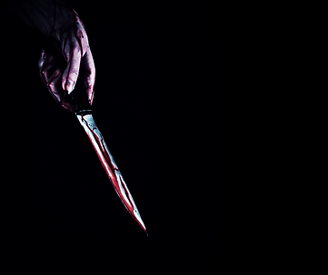 4k-horror-creepy-woman-hand-with-knife-b