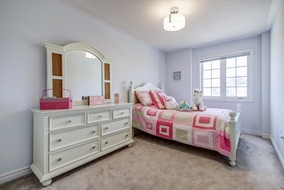 Girls bedroom 2.jpg