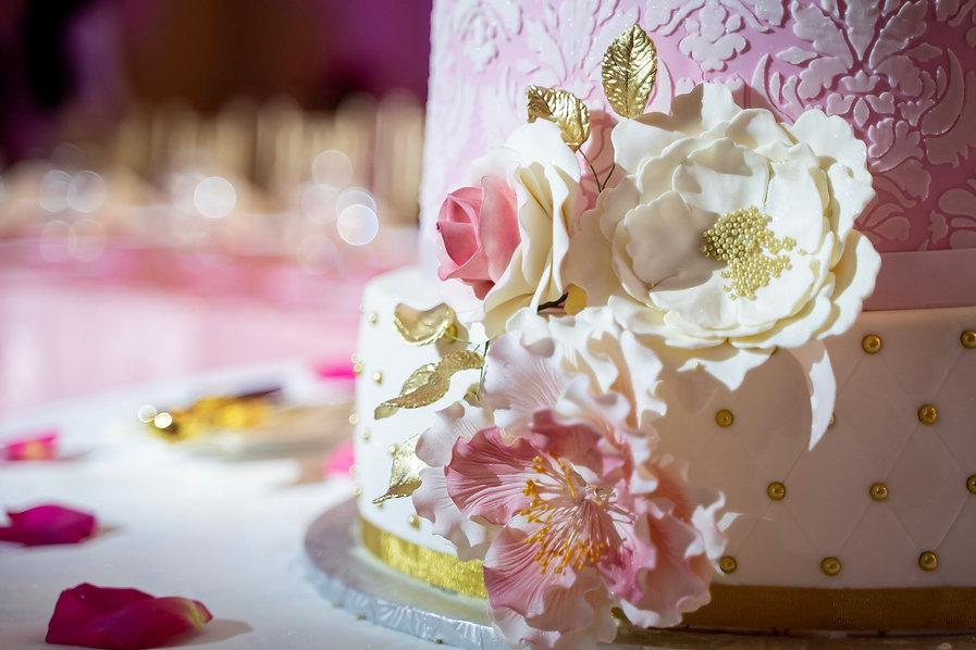Custom wedding cake by Treats by Johanna