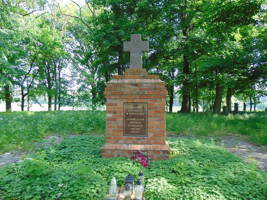 Cmentarz ewangelicki w Wartosławiu.JPG