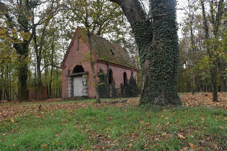 Neogotycka kaplica cmentarna
