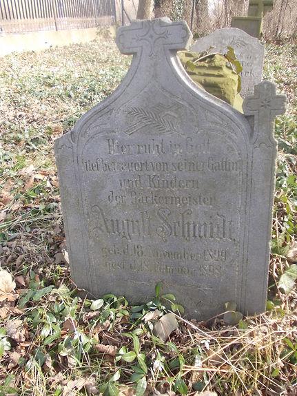 Nagrobek Augusta Schmidta (