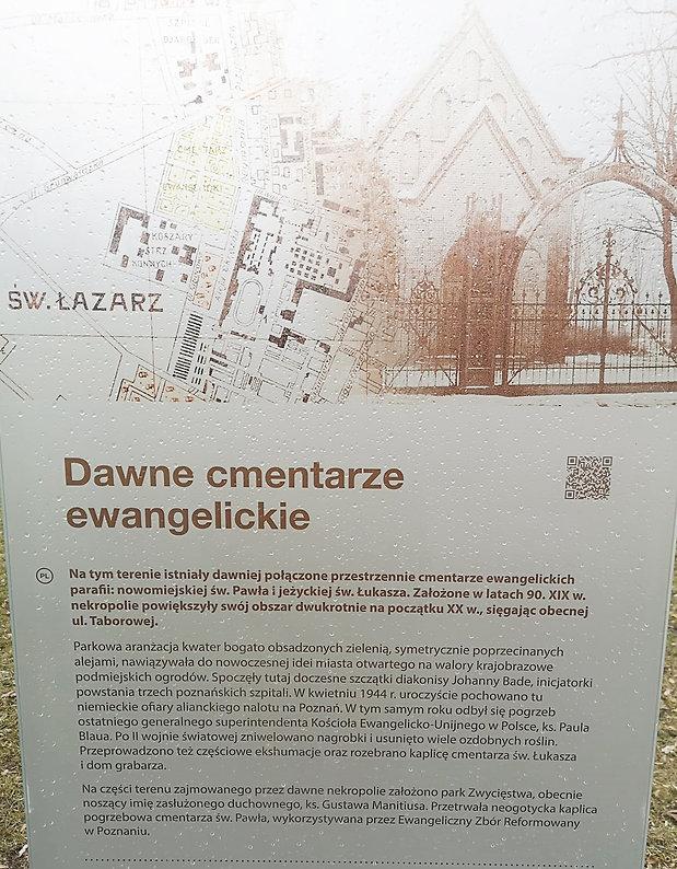 tablica w parku manitiusa.jpg