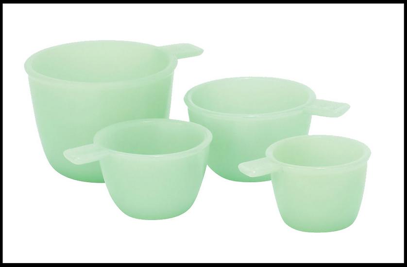 Jade s/4 measuring cups
