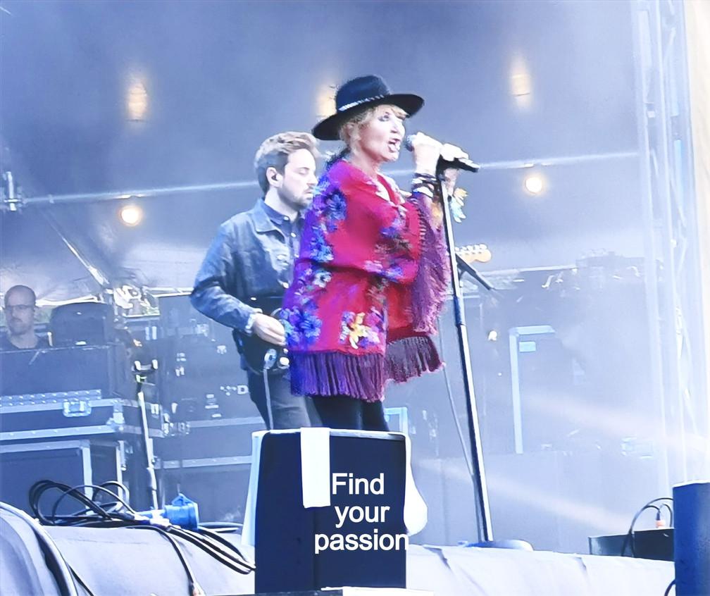 Lulu at Rewind Festival Scone