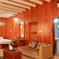 YT Hotel | Twin Room