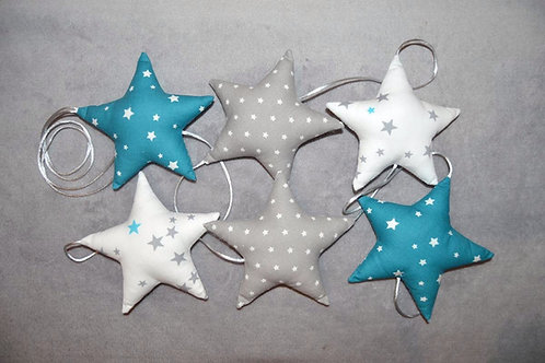 Guirlande de 6 étoiles en tissu de couleur bleu, gris et blanc