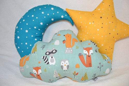 Lot de 3 coussins, un nuage, une lune et une étoile, décoration chambre enfant, animaux de la foret