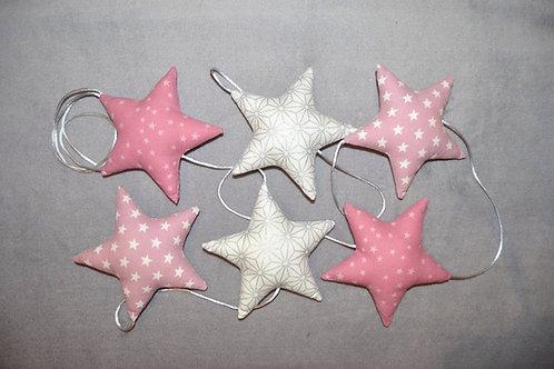 Guirlande de 6 étoiles en tissu de couleur rose et argenté