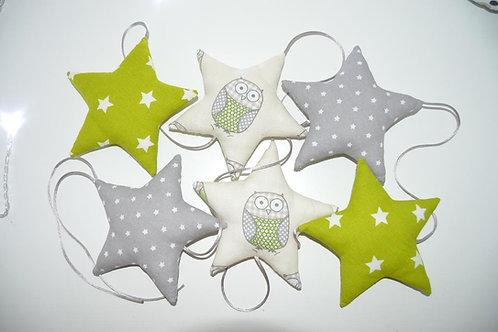 Guirlande de 6 étoiles en tissu de couleur vert et gris, motifs hiboux
