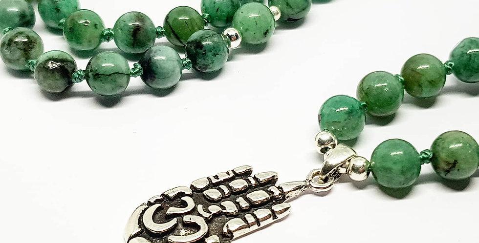 Emerald ~ Hamsa
