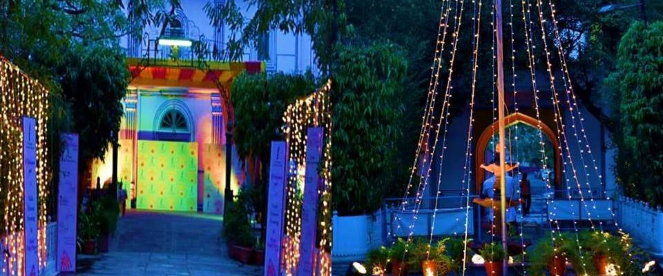 light-bulbs-cheap-indian-wedding-decorat