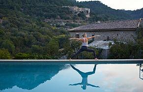Havuz tarafından Yoga