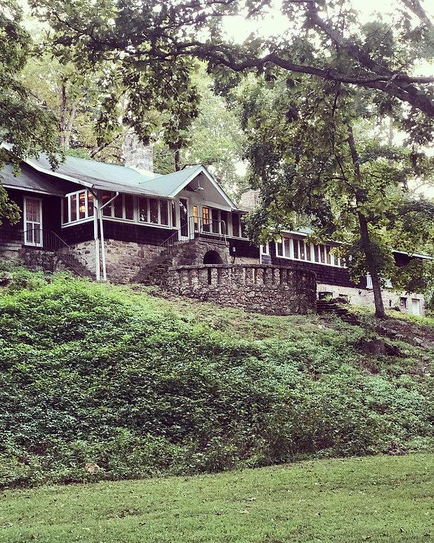 RR Lodge.jpg