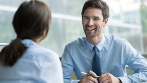 Wer unterhalb zumutbarer Stunden und Mindestlohn arbeitet, muss sich einen anderen Job suchen