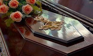 casket02.jpg