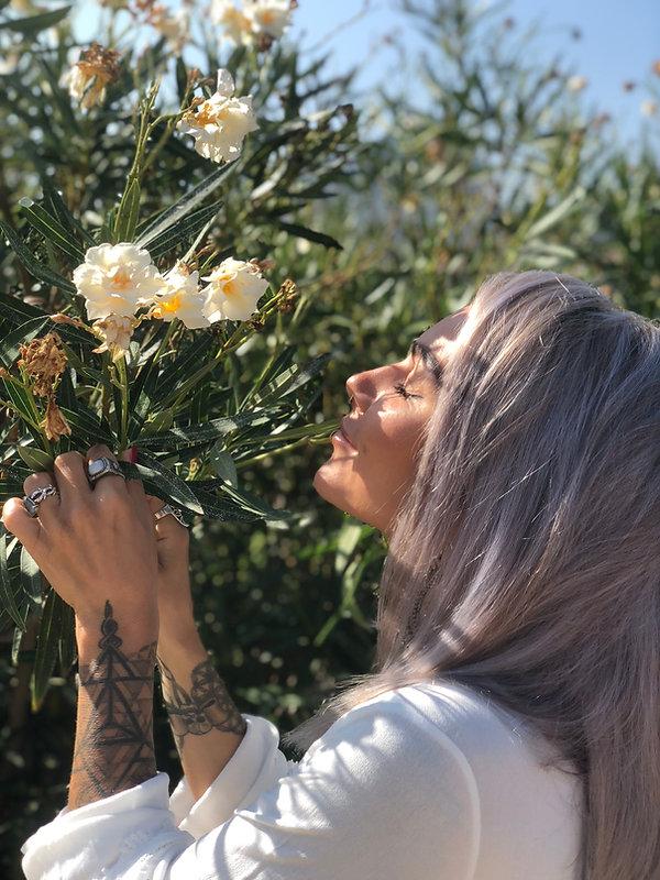 Felicity Flowers.jpeg
