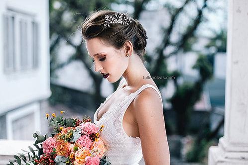 arranjo pente com pérolas e brilhos para noivas