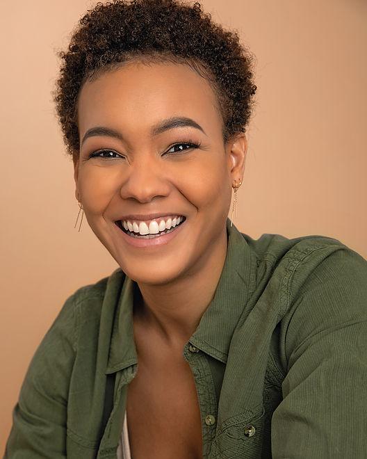 Jazzy Ellis Smiling