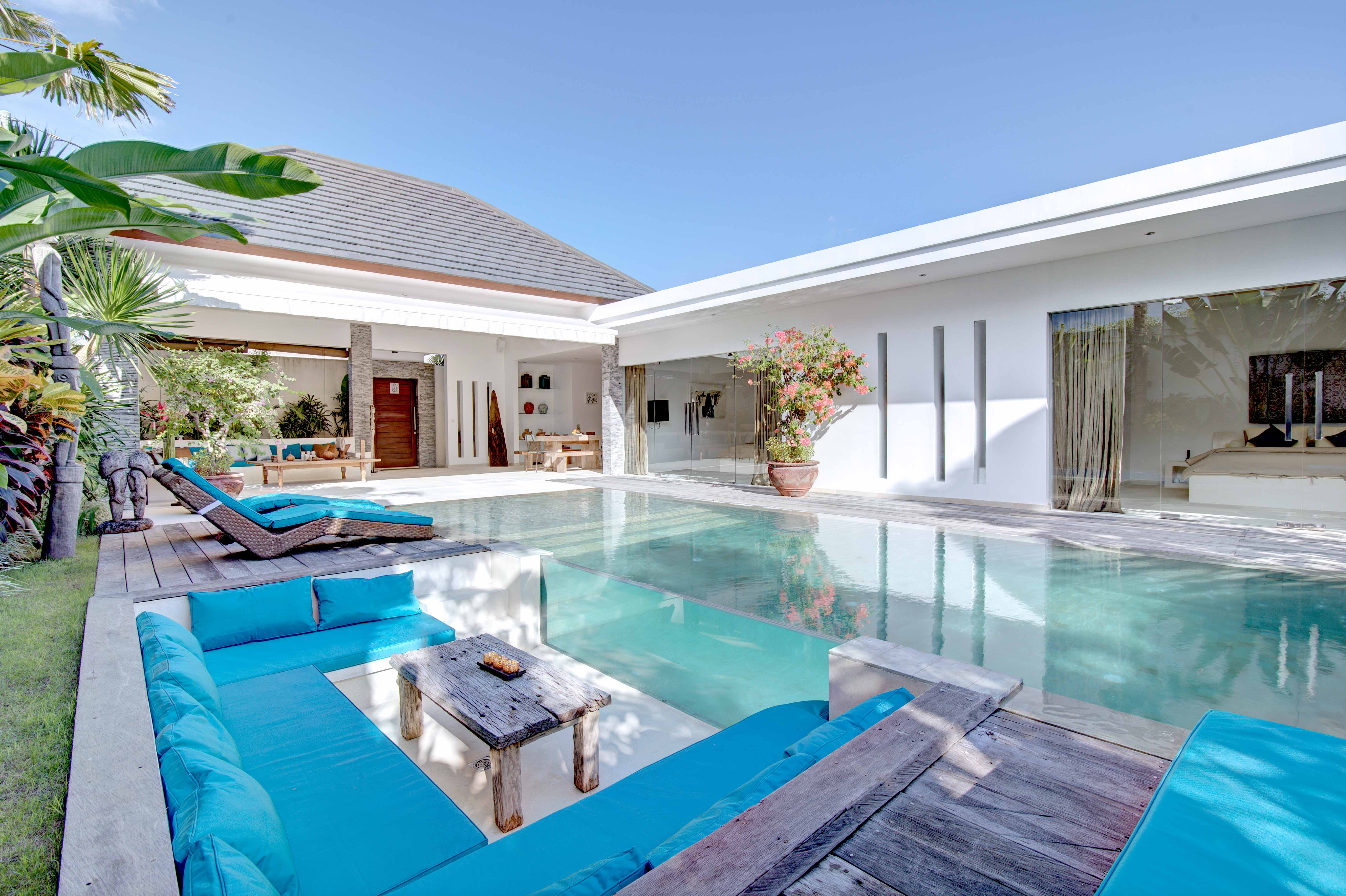 Balinb | Villa Hathor Noun