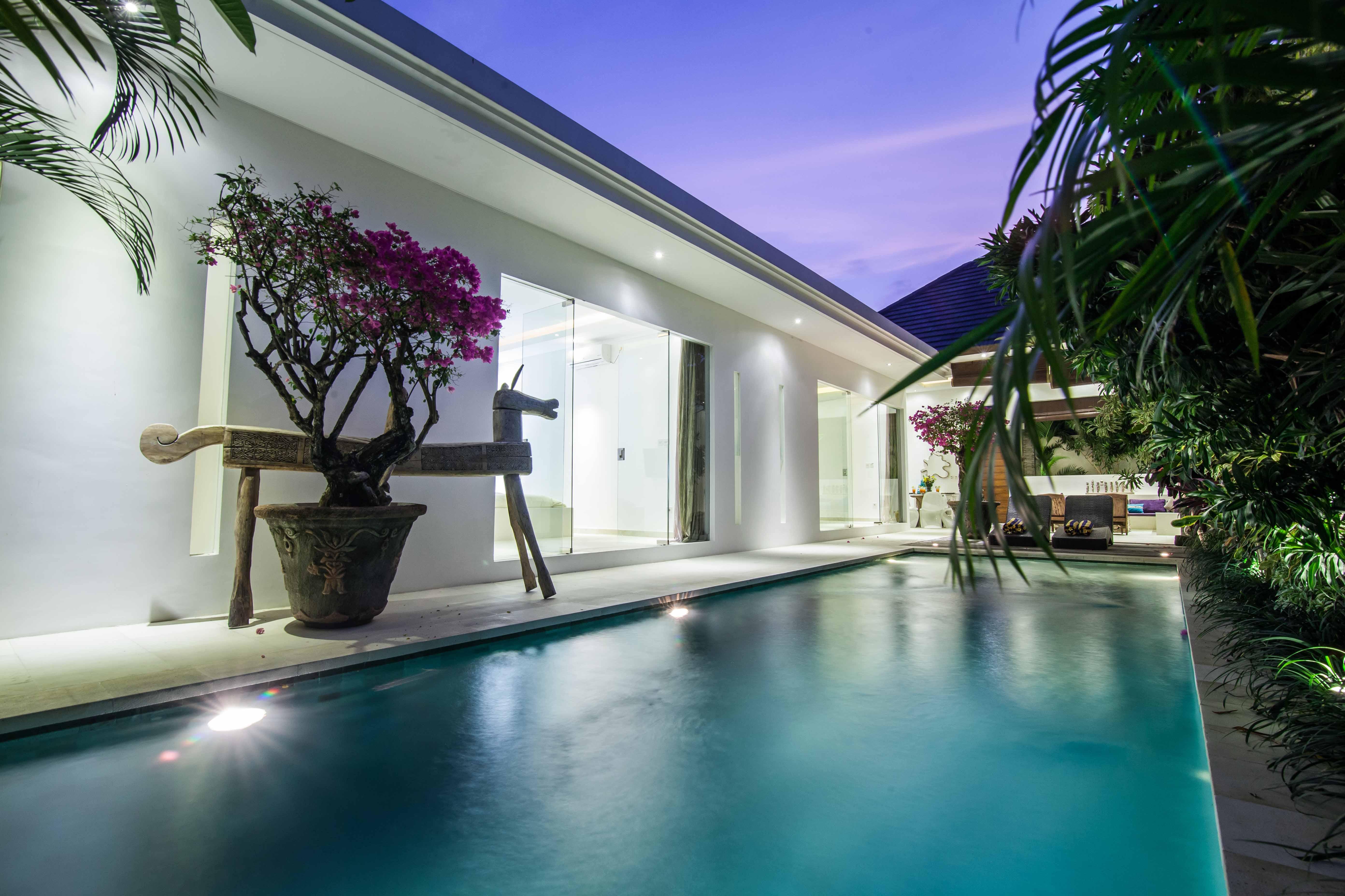 Balinb   Villa Palm Merah