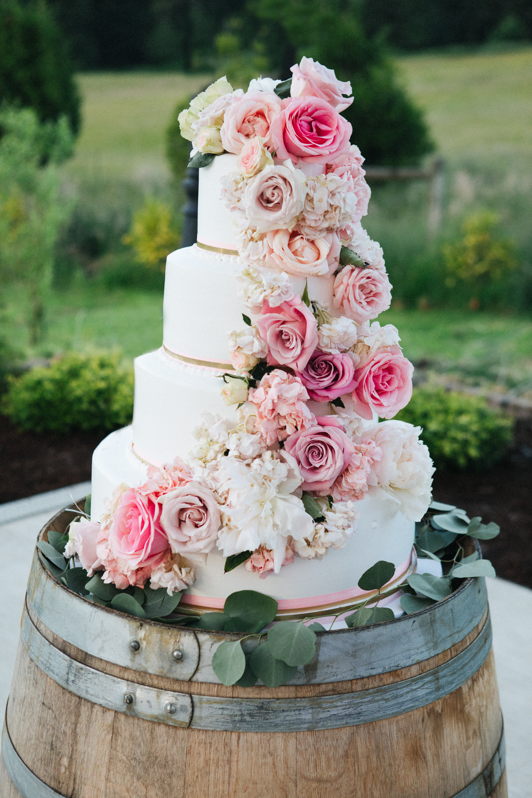 Wedding Cake - Tuscany