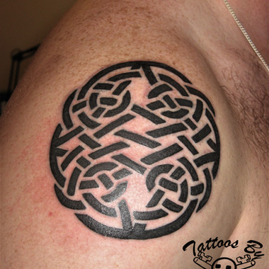 Tribal tattoo by Jamie Russo Barrie