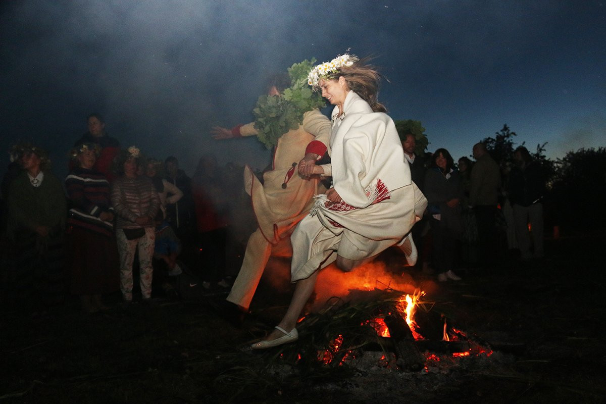 Jump of the bonfire