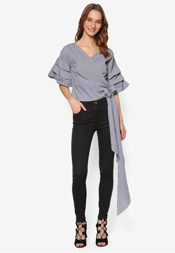 BYSI  wrap top