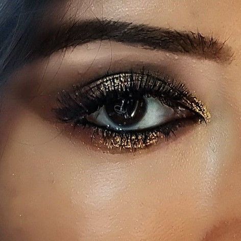#LaDouce: The glam easy eye look I created to distract from a skin reaction in UK