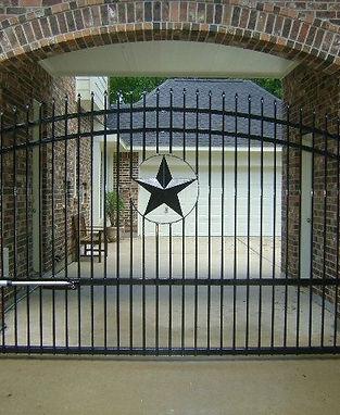 texas star fence.jpg