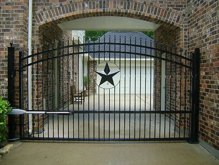 texas star fence.jpg