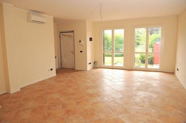 Il Villaggio B, casa singola Botticino Sera vendesi complesso con piscina