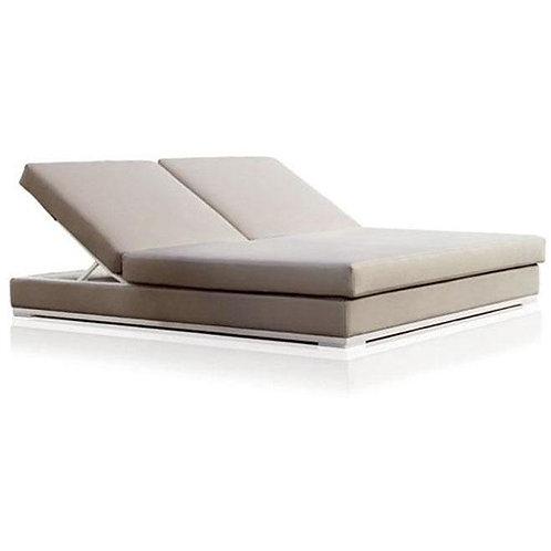 Tusch Seating Expormim Slim Lounge Outdoor Sofa