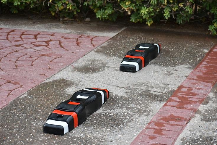Separator - Black on Brick Sidewalk 2 Cl