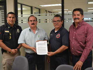 Firma de convenio con Bomberos Voluntarios A.C.