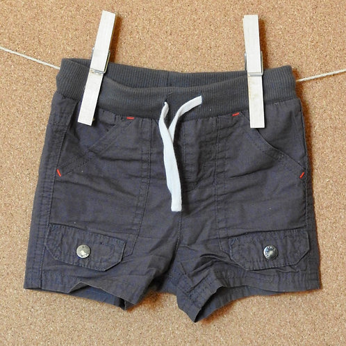 Short Kiabi T69