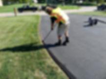 driveway-edging-laying-stones-border-pla