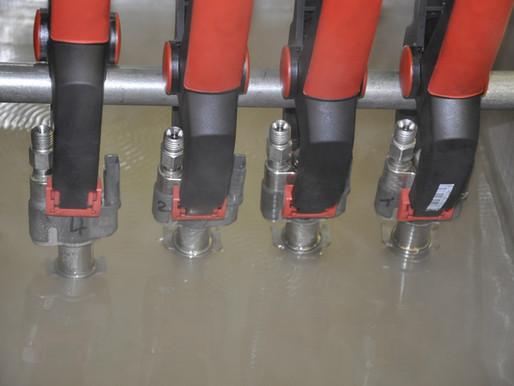 Ultraschall Reinigung Fahrzeugteile & Motorenteile wie Injektoren von Diesel und Benzinmotoren