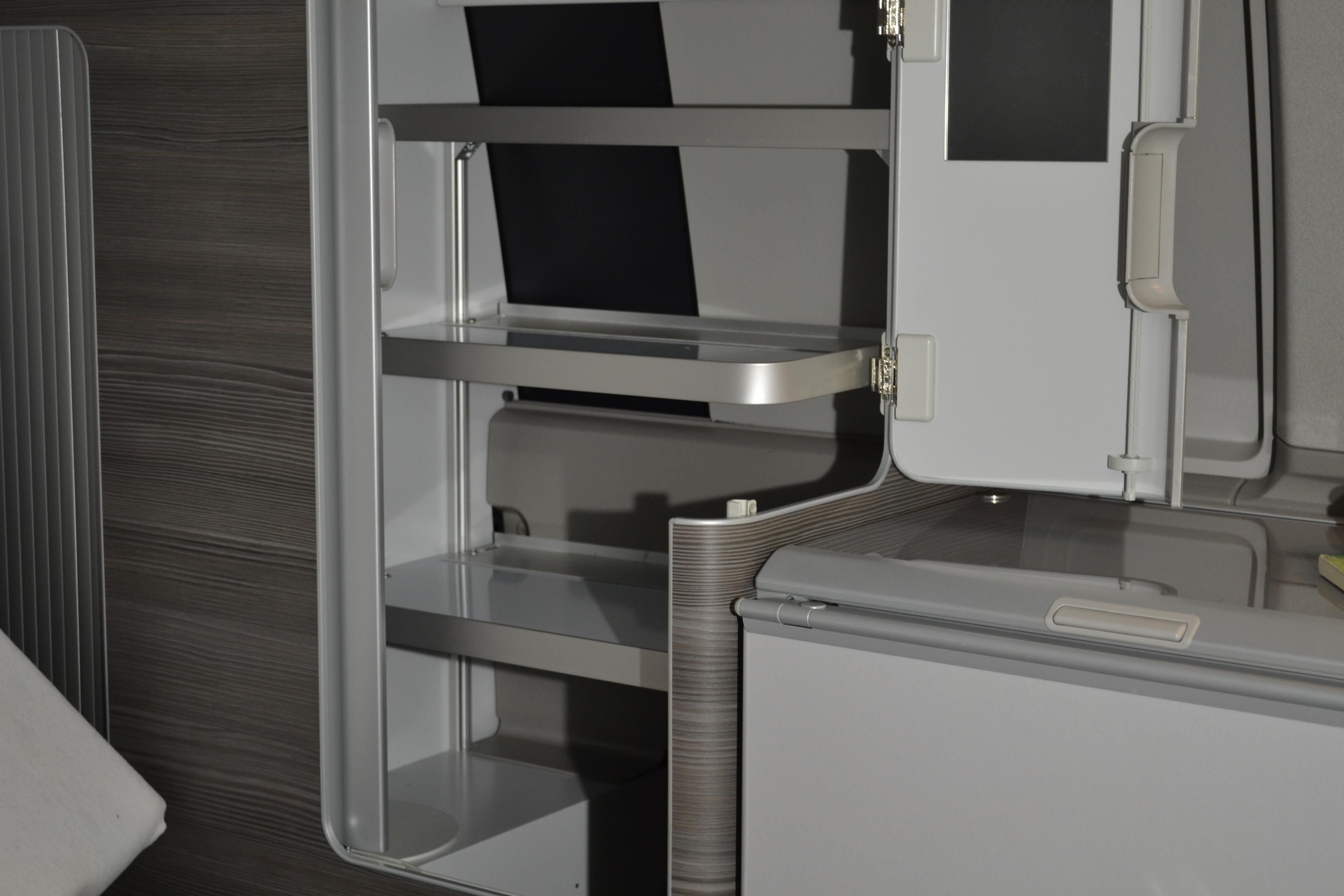 vw t6 t5 california ocean ablagefach im schrank. Black Bedroom Furniture Sets. Home Design Ideas