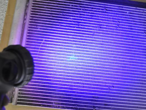 Renault Grand Scenic III, Klimaservice, Kältemittelverlust mit UV-Lichtquelle lokalisieren