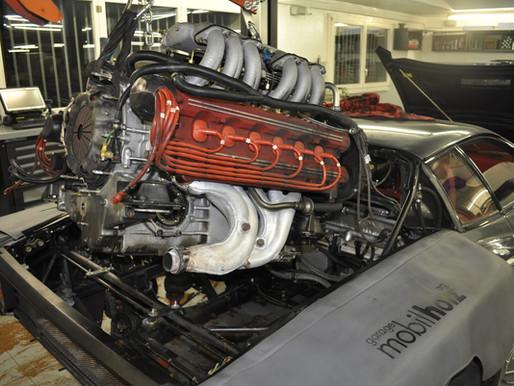 Ferrari Testarossa Motorrevision, Zahnriemen erneuern