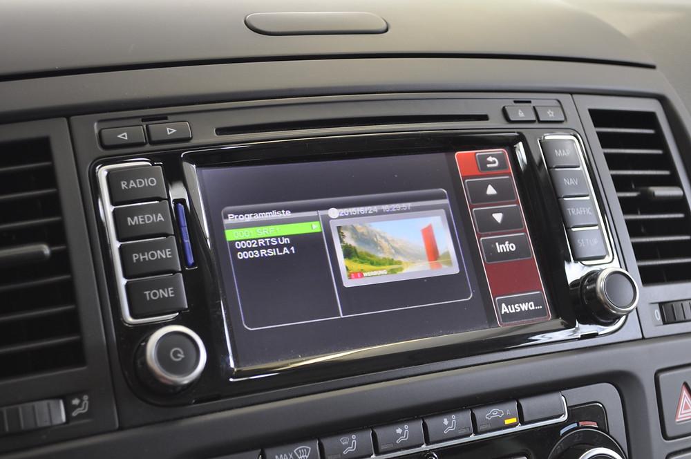 Digital TV VW California nachrüsten Zürich