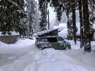 VW California kaufen, für den Winter, mit der OEM Standheizung und unserem IsoTop Innenzelt, warme,