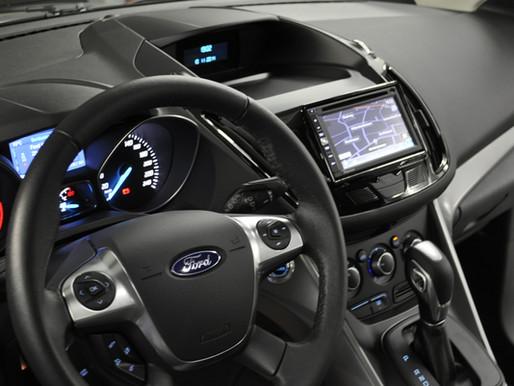 Ford Kuga Navigation nachrüsten
