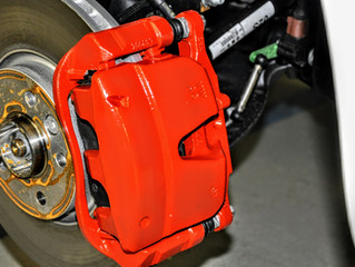 VW T6.1 California | Bremszangen / Bremssättel rot lackiert | 2K Speziallack Verfahren | Jetzt Umrüs